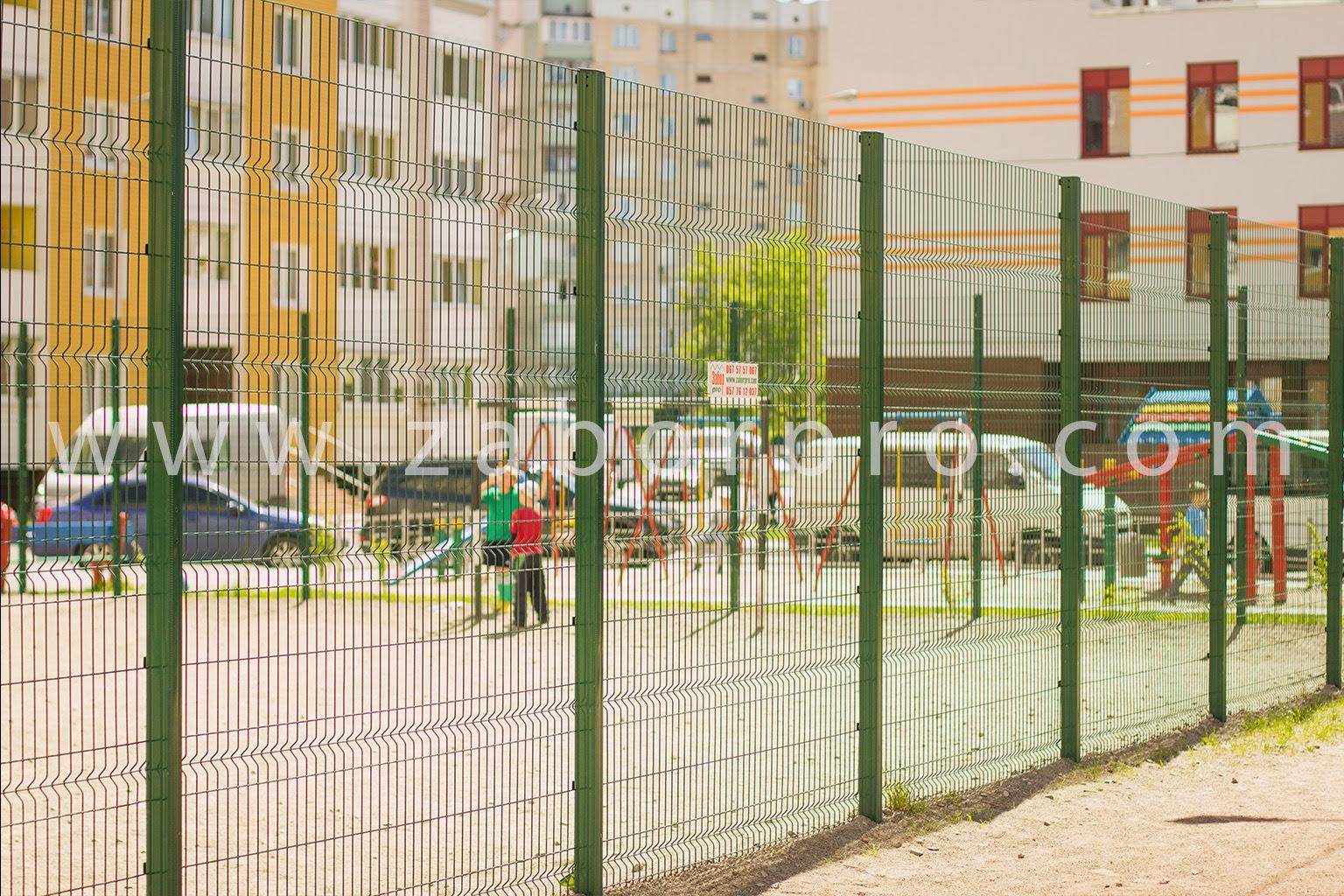 ограждение многоквартирного дома, спортивной и детской площадок-0019
