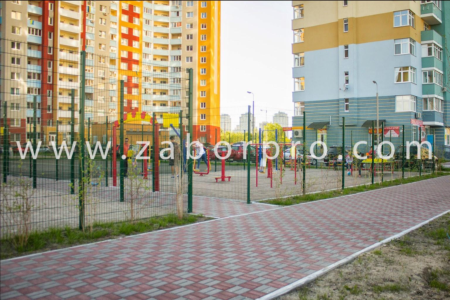 Спортивная площадка-0049